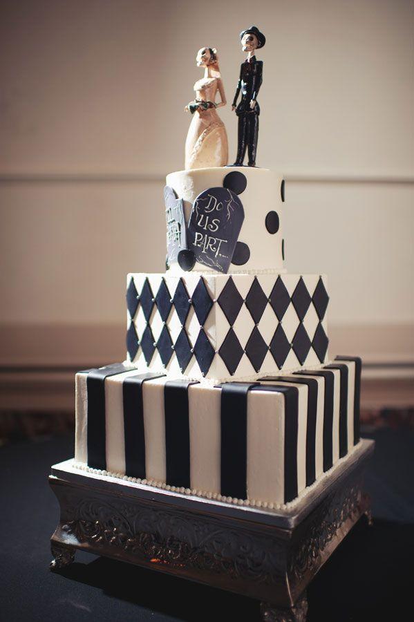 BI_halloween_wedding_cakes_7