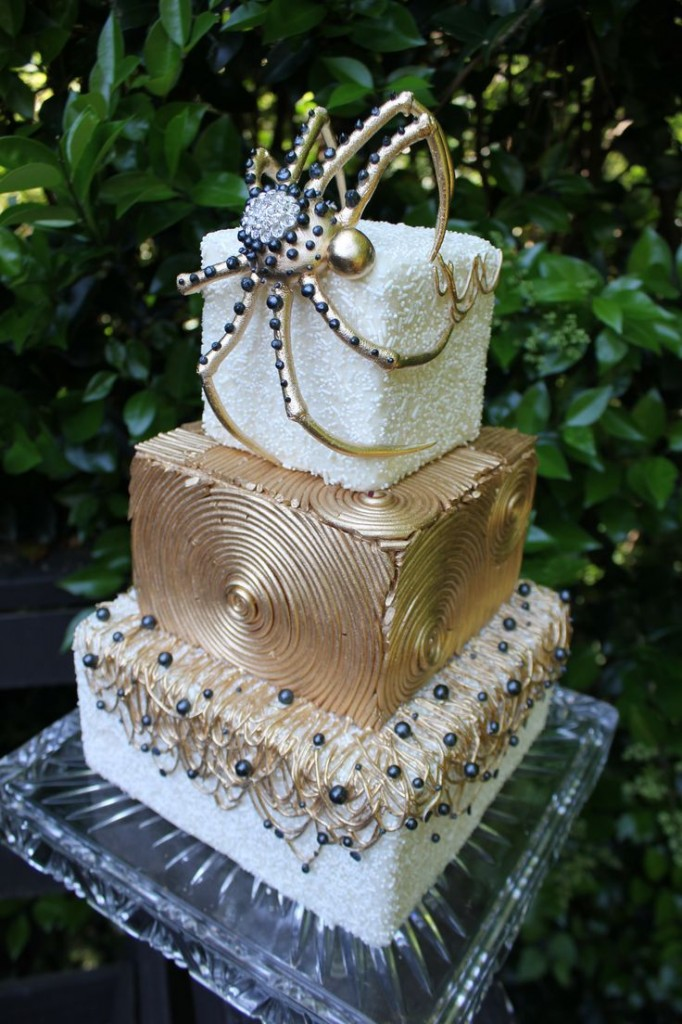 BI_halloween_wedding_cakes_8