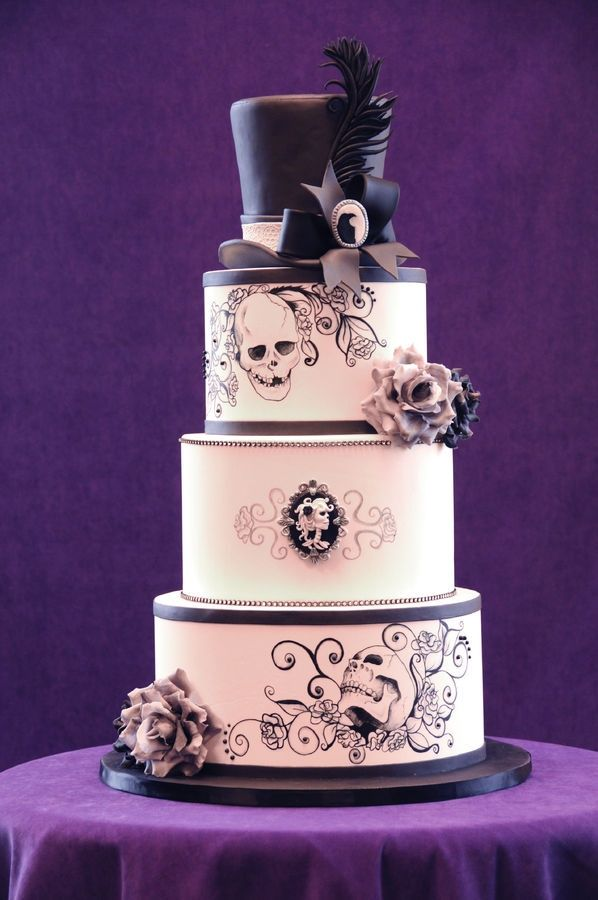 BI_halloween_wedding_cakes_12